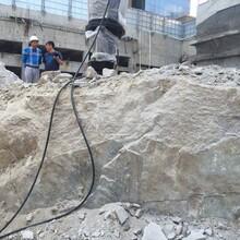 济南无声无尘静态环保开采机液压劈裂机图片
