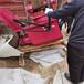 江西挖掘機改裝液壓圓盤巖石鋸液壓巖石鋸改裝挖機的全過程