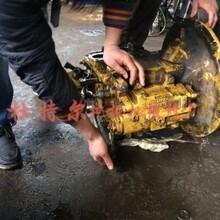 美姑县沃尔沃挖掘机维修小臂自动伸、连锁处理图片
