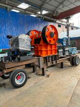 四川宜賓移動式破碎制砂機,車載可移動打砂機圖片圖片