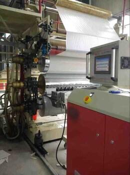 PVC微晶石木地板生产线机械设备