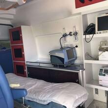 南充长途救护车出租转送专业医疗人员图片