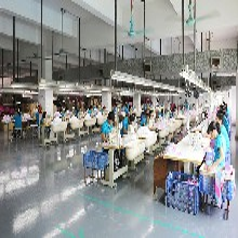 寵物服裝專業定制生產廠家、廣東寵物服裝、趣逗派圖片