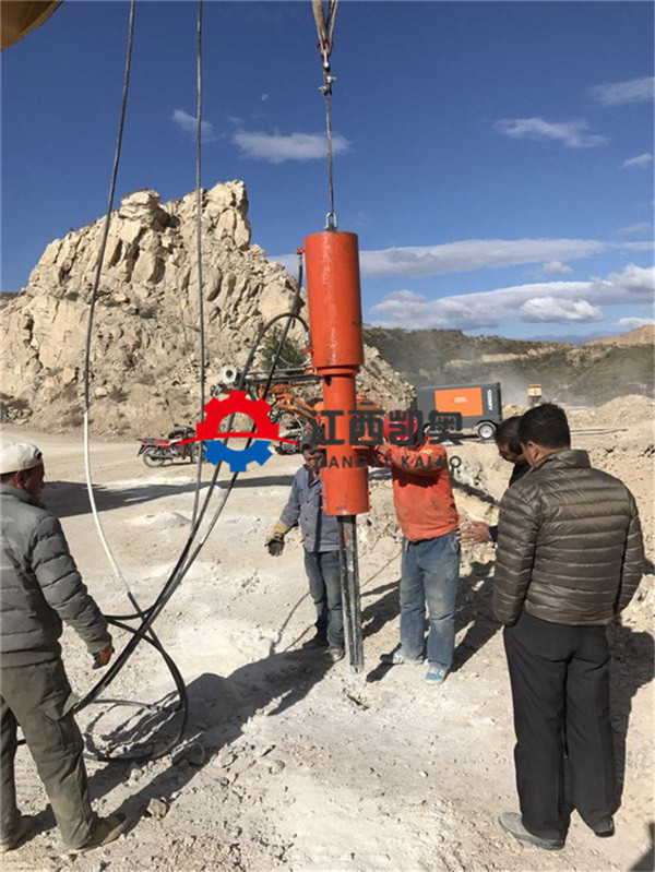 桂林扩石机劈裂机咋修如何使用采石场胀裂器