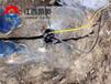 巖石劈巖機建筑石材開采黑龍江伊春巖石機載式劈裂機廠家