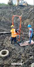 挖坑深度深建筑管桩掏眼机应用广泛图片