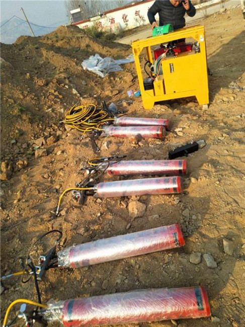 宝鸡采石场静态开采岩石用液压劈裂棒生产厂家