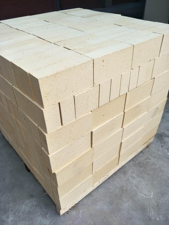 新密耐火砖厂家直销高炉用耐火材料产品质量好价格便宜