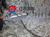挖掘机钻孔劈裂一体机怎么用