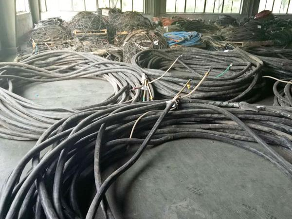 95电缆回收钢芯铝线回收 多少钱