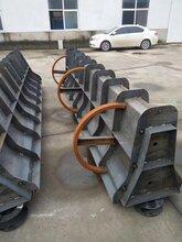 低碳环保型水泥隔离墩钢模具批发零售厂家保定中泽模具图片
