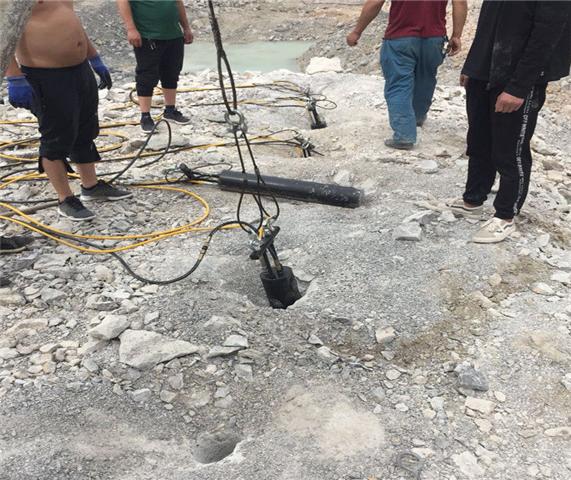 南康市大块岩石解体劈裂机成本