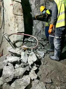 重慶彭水有一種可以代替放炮開石的設備嗎