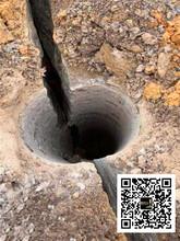 合江县花岗岩破碎大劈力破裂撑石机可靠吗图片