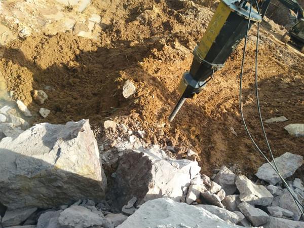 基坑岩石拆除开挖劈裂机