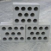 供應全套加氣混凝土砌塊設備空地翻切割機蒸壓磚靜壓機生產線圖片
