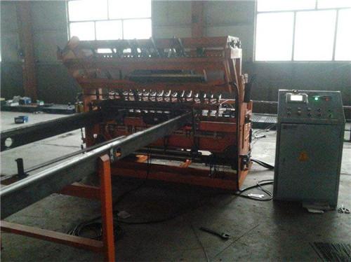 孝感市安陆市钢筋网片机品质保证河南豫工机械