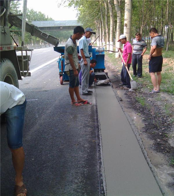 湖南日照路邊石滑模成型機現貨供應
