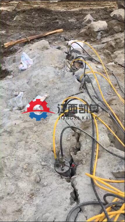 锦州开裂机劈裂机的使用矿山不能放炮开山开石机