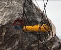 爆石机劈裂机案例无法放炮怎么办基坑裂开机无锡