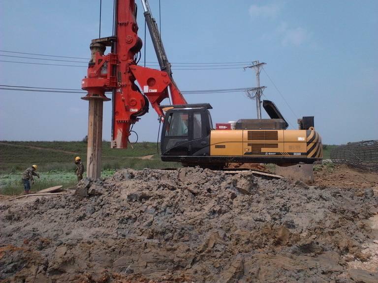 广桂林市旋挖桩基础施工公司出租三一360旋挖钻机旋挖机出租