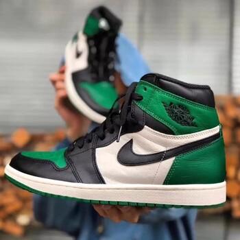 超帅的黑紫脚趾上脚展示!两双重磅AirJordan1已经发售!AirJordan1大合集