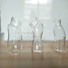 高硼硅玻璃奶瓶圖片