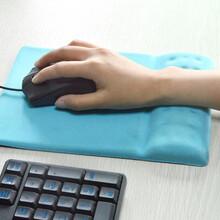 廣東鼠標墊工廠硅膠護腕鼠標墊定制人體工學辦公圖片