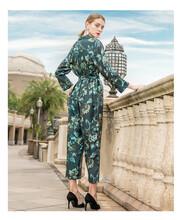 找專柜撤架女裝貨源艾莉歐套頭連衣裙圖片