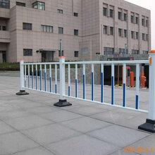 佛山季华路升级改造工程护栏施工围档护栏锌钢公路护栏上门安装