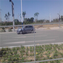 双边护栏网价格基坑护栏网尺寸高速公路护栏网运动场护栏网