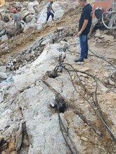 玉溪溝渠挖掘破碎石頭有什么辦法