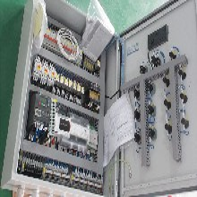 高效环保设备电控柜江?#31896;商?#25511;电柜制造厂图片