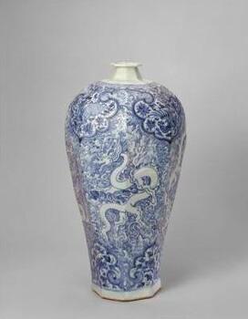 这个景德镇陶瓷美术馆,不仅能欣赏精品瓷器,还可体验制瓷过程