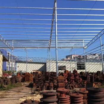 石龙工厂空调管口室内球场防水师傅