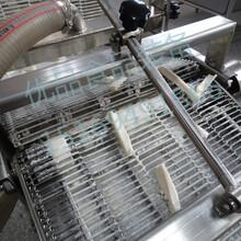 藕条油炸生产线茄盒油炸机上浆油炸生产线图片