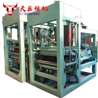 QTY4-15免烧水泥砖机二次布料彩砖机路面面包透水砖机设备图片1