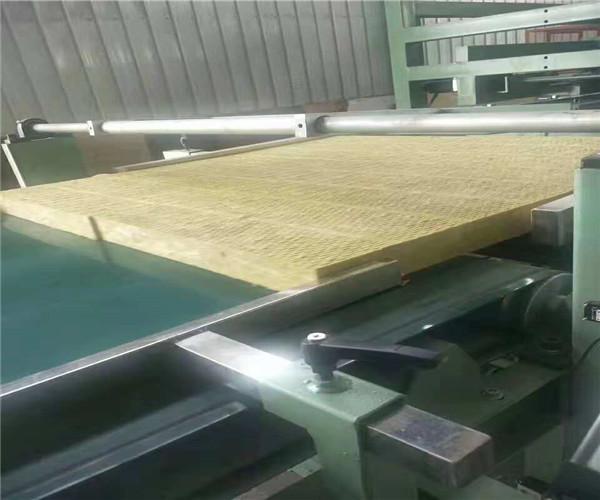 正定钢网岩棉板厂家直销 大量销售
