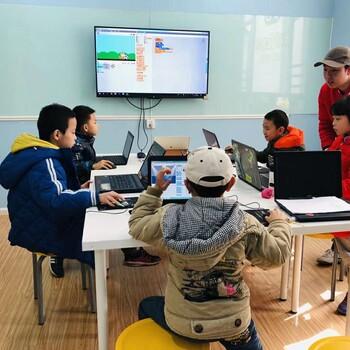 成都儿童学前启蒙教育,贝尔乐高机器人教育、动手能力锻炼