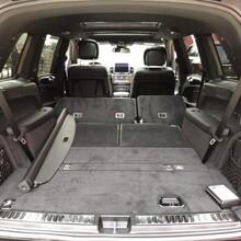 奔驰GLS450元旦裸车价格加版车实拍效果图片
