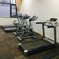 武漢專業維修跑步機武漢健身器材維修點武漢喬山跑步機售后圖片