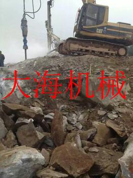 大型分裂机开挖岩石基坑