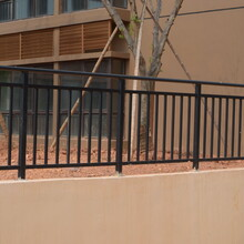 組裝陽臺護欄制造商,鋅鋼護欄圖片