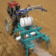 玉米花生覆膜机多功能高速花生玉米播种覆膜机四轮播种地膜机图片