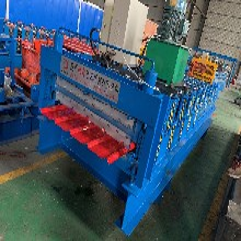 彩钢板辊压成型压瓦机840/900双层彩钢瓦设备采用140磨具轮