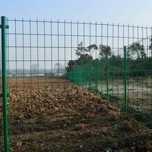 现货供应双边护栏网价格长治果园护栏网