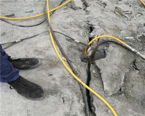鹤岗有比破碎锤破石头快的机器供应