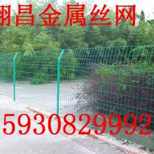 双边丝护栏网安装过程详解