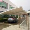上海軒譽膜結構車棚,上海奉賢柘林定做上海軒譽鋼結構停車棚性能可靠