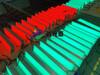 青海西寧專治低頭族的地埋式紅綠燈斑馬線地面紅綠燈